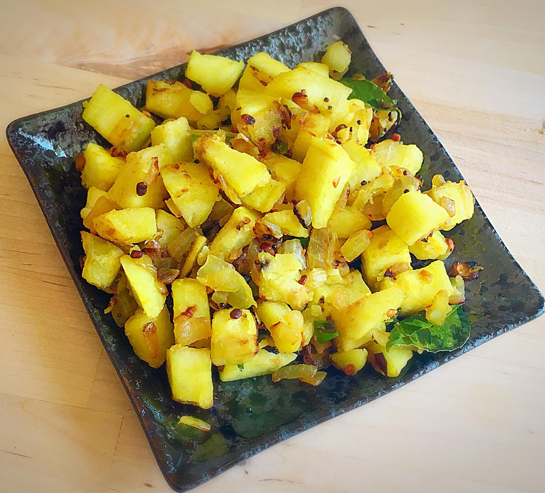 Vazhakkai Podimas,Plantain (Raw Banana) Stir Fry, vazhakkai varuval, vazhakkai roast,Raw Banana,podimas, vazhakkai fry,plantain podimas,raw banana podimas,stir fry,plantain stir fry,raw banan stir fry,vazhakkai stir fry,vazhakkai dry ,vazhakkai masala,plantain podimas,