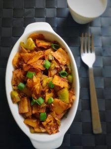 chilli parotta recipe,chilli paratha recipe,south indian dinner recipes,north indian dinner recipes,easy dinner recipes,spicy paratha,mudurai style chilli parotta,mudurai style parotta,mudurai veechu parotta