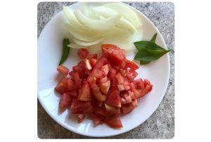 cut veggies for tomato quinoa upma